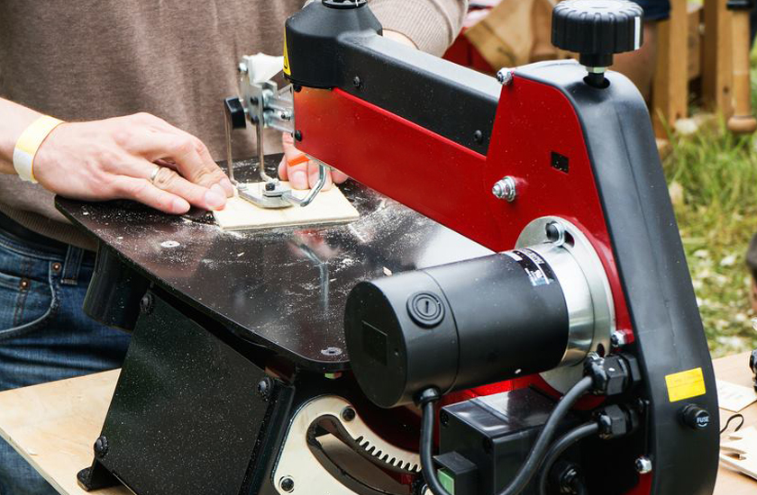 What Scroll Saw to Buy the Best