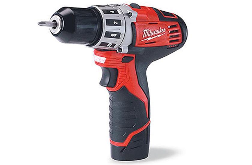 Milwaukee 2407-22 M12 3/8 Drill Driver Kit